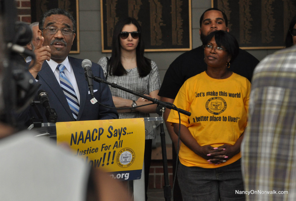 NAACP black lives matter 16-0712 Norwalk (71)