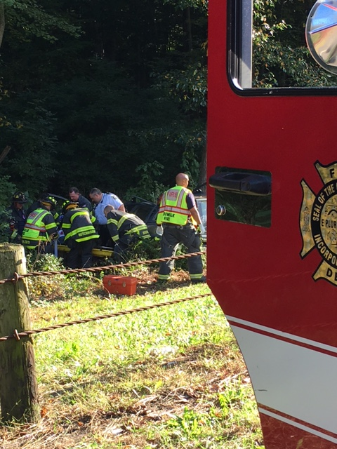 Norwalk Firefighters Rescue Woman On Merritt Parkway Nancy On Norwalk